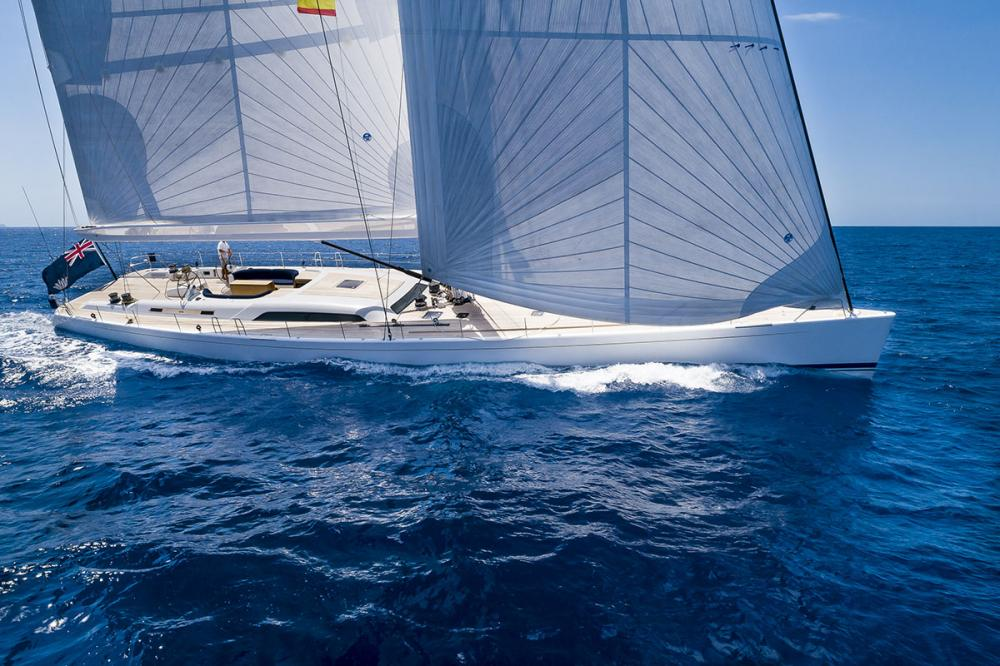 Cannes Yachting Festival: Camper & Nicholsons yachts in show - Industry - Img 1   C&N