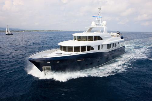 BELLE ISLE - Luxury Motor Yacht For Sale - Exterior Design - Img 2   C&N