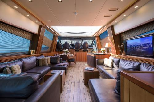CASINO ROYALE - Luxury Motor Yacht For Charter - Interior Design - Img 1 | C&N