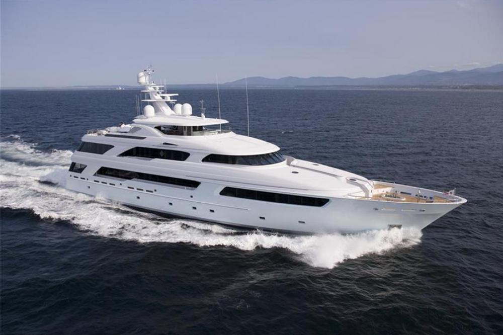 VICTORIA DEL MAR - Luxury Motor Yacht for Charter | C&N