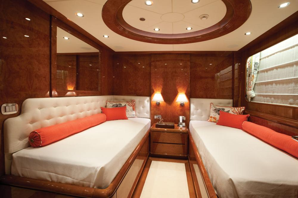 BARON TRENCK - Luxury Motor Yacht For Charter - 3 TWIN CABINS - Img 1 | C&N