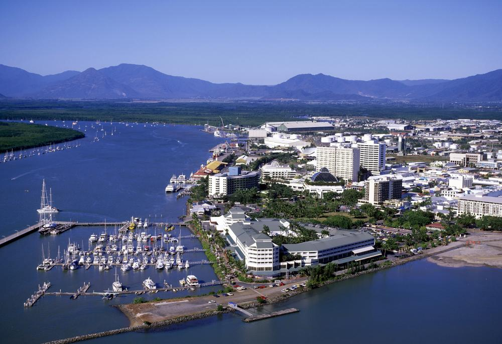Australia - Low Isles to Cairns - Luxury Charter Itinerary | C&N