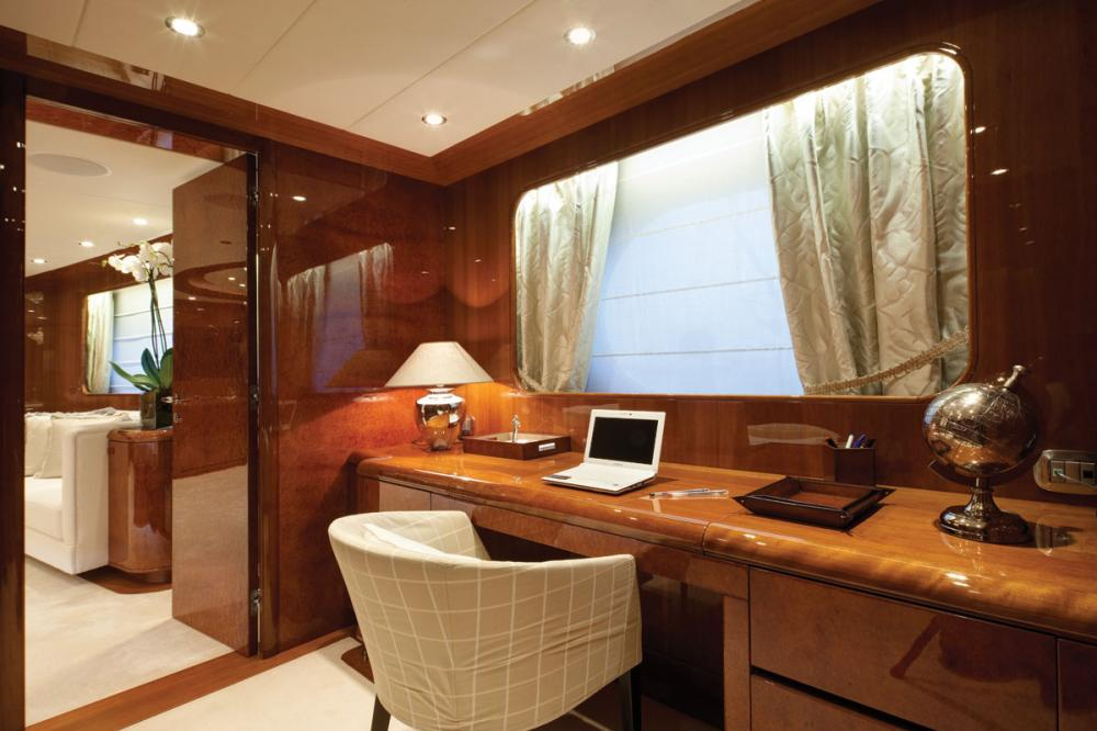BARON TRENCK - Luxury Motor Yacht For Charter - 1 MASTER CABIN - Img 2 | C&N