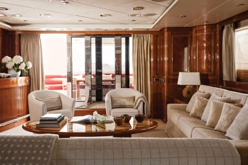 METSUYAN IV - Luxury Motor Yacht For Charter - Interior Design - Img 2 | C&N