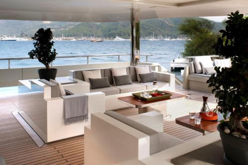 ORIENT STAR - Luxury Motor Yacht For Charter - Exterior Design - Img 2 | C&N