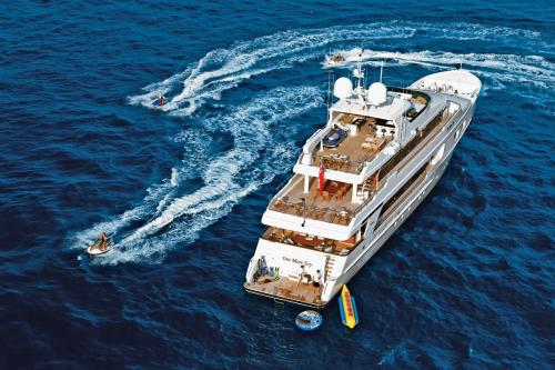 ONE MORE TOY - Luxury Motor Yacht For Sale - Exterior Design - Img 2 | C&N