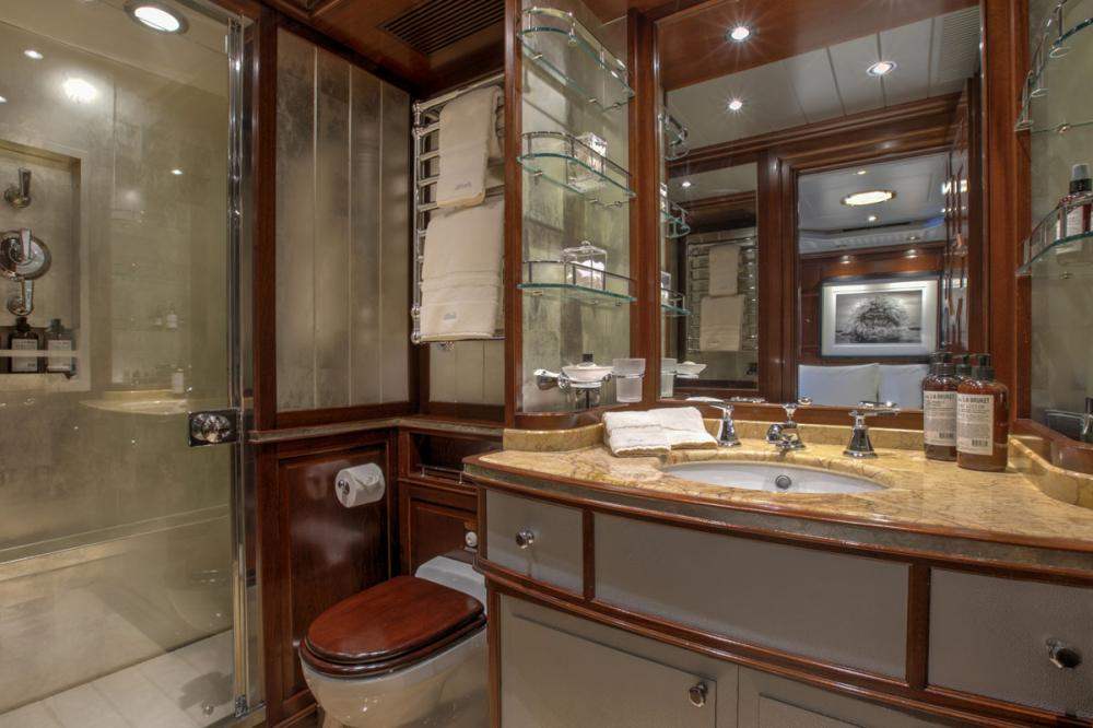 BLUSH - Luxury Sailing Yacht For Charter - 1 VIP CABIN - Img 2 | C&N