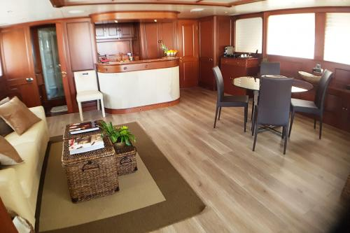 BRUNELLO - Luxury Motor Yacht For Charter - Interior Design - Img 1 | C&N