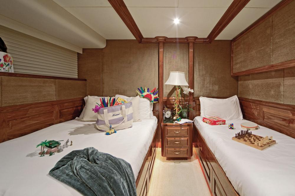 ONE MORE TOY - Luxury Motor Yacht For Sale - 2 TWIN CABINS - Img 4 | C&N
