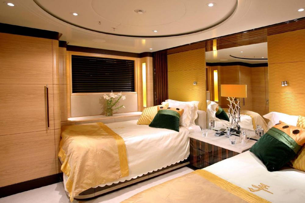 Q - Luxury Sailing Yacht For Charter - 2 TWIN CABINS - Img 1 | C&N