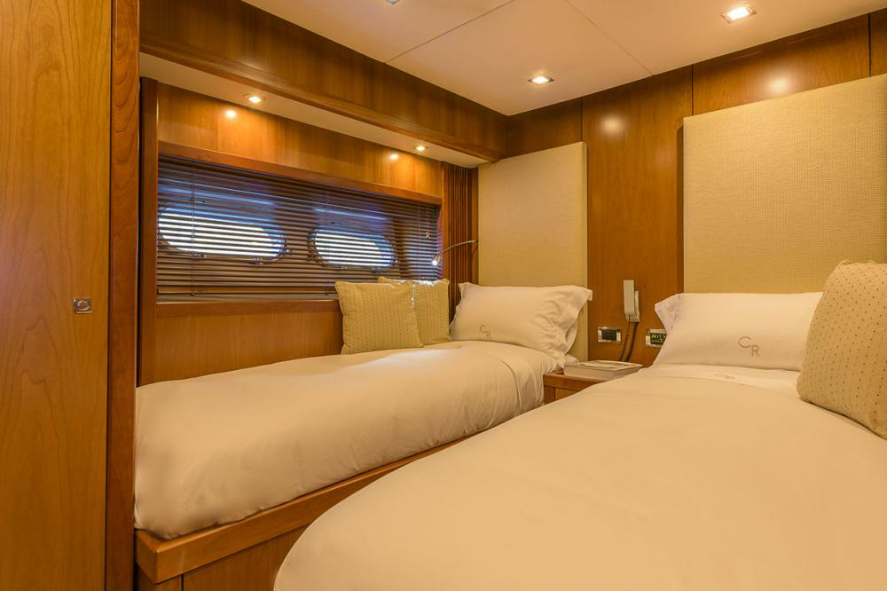 CASINO ROYALE - Luxury Motor Yacht For Charter - 2 TWIN CABINS - Img 1 | C&N