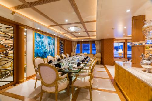 Callisto - Luxury Motor Yacht For Charter - Interior Design - Img 3 | C&N
