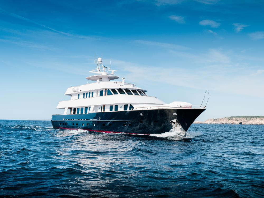 CHESELLA - Luxury Motor Yacht for Charter | C&N