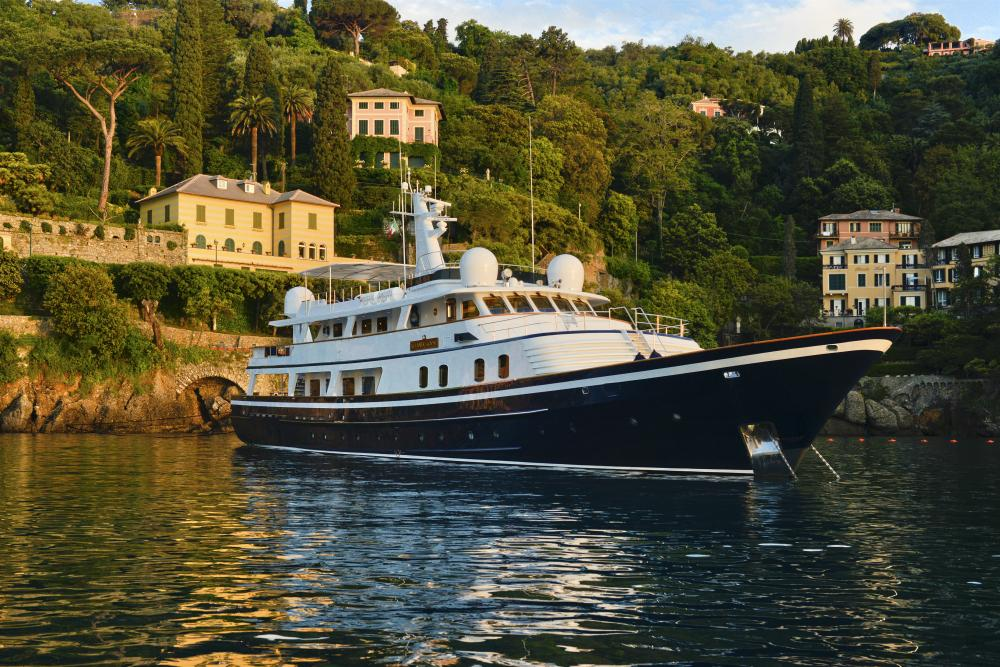 ATLANTIC GOOSE - Luxury Motor Yacht for Charter | C&N