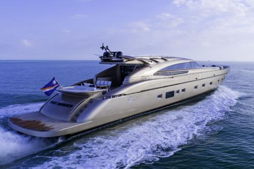 FIVE WAVES - Luxury Motor Yacht For Charter - Exterior Design - Img 2 | C&N