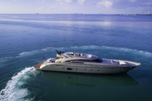 FIVE WAVES - Luxury Motor Yacht For Charter - Exterior Design - Img 3 | C&N
