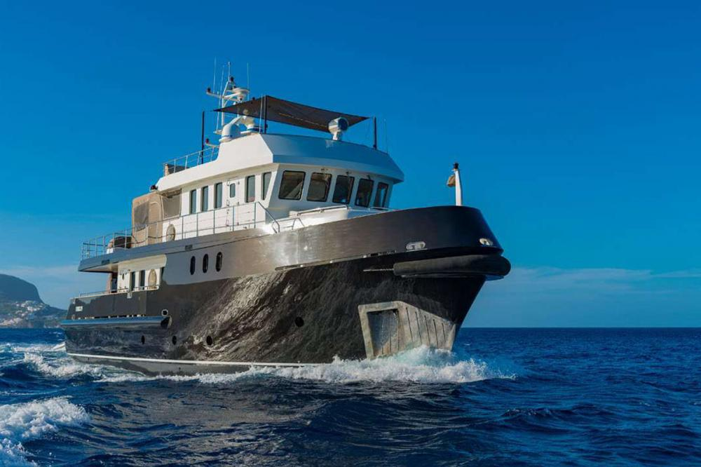 Indian - Luxury Motor Yacht for Sale | C&N