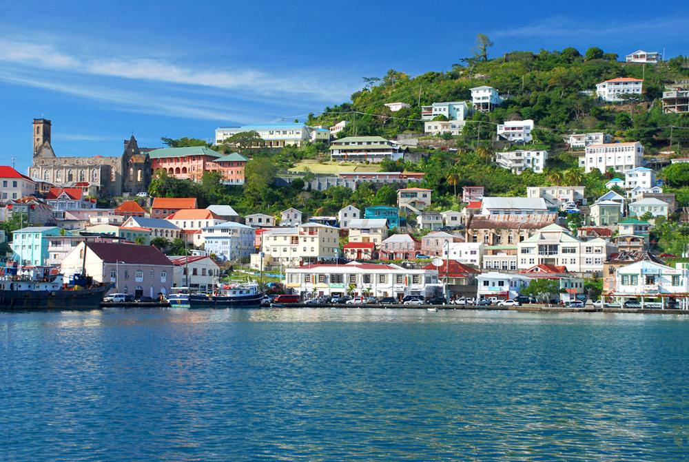Grenada to St Lucia - GRENADA - Luxury Charter Itinerary | C&N
