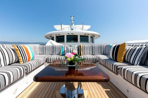 NASEEM - Luxury Motor Yacht For Sale - Exterior Design - Img 2 | C&N