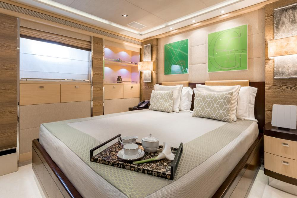 NASEEM - Luxury Motor Yacht For Sale - 3 DOUBLE CABIN - Img 2 | C&N