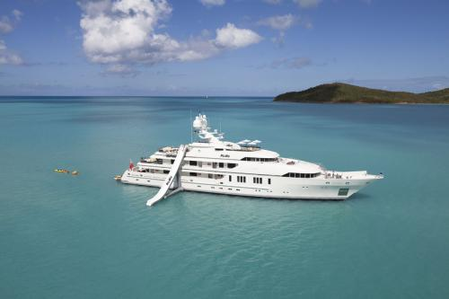 ROMA - Luxury Motor Yacht For Charter - Exterior Design - Img 3 | C&N