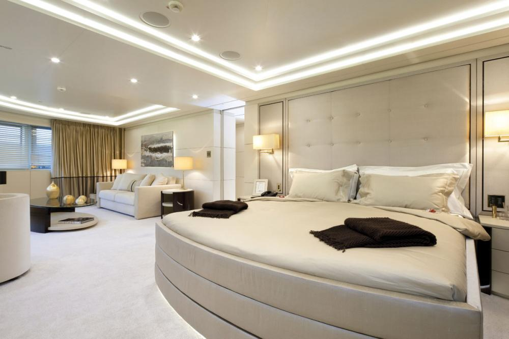 ROMA - Luxury Motor Yacht For Charter - 1 MASTER CABIN - Img 2 | C&N