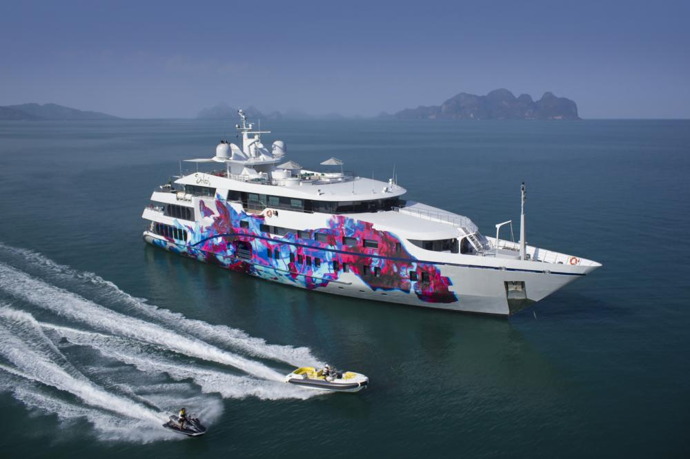 SALUZI - Luxury Motor Yacht for Charter | C&N