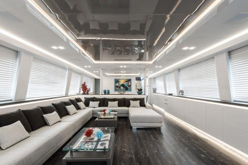 SANDS - Luxury Motor Yacht For Charter - Interior Design - Img 2 | C&N