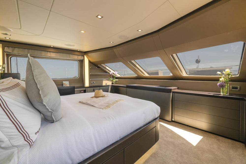 ORSO 3 - Luxury Motor Yacht For Charter - 1 MASTER CABIN - Img 2 | C&N