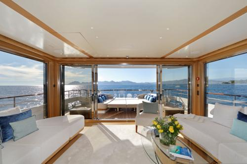 SOLIS - Luxury Motor Yacht For Charter - Interior Design - Img 2 | C&N