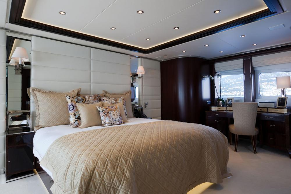 PERLE NOIRE - Luxury Motor Yacht For Sale - 1 MASTER CABIN - Img 2 | C&N