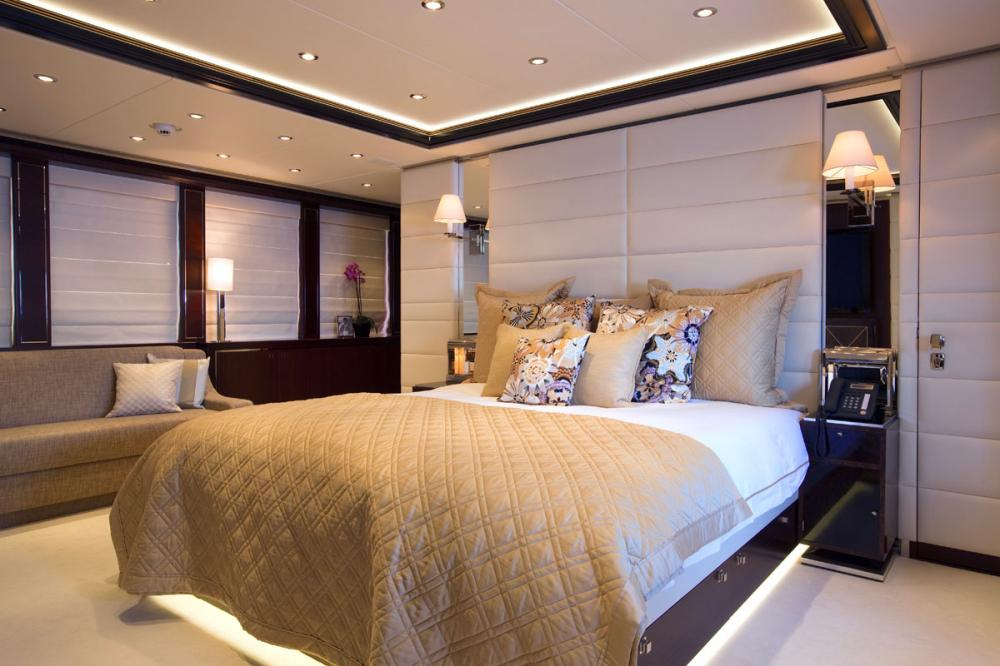 PERLE NOIRE - Luxury Motor Yacht For Sale - 1 MASTER CABIN - Img 1 | C&N