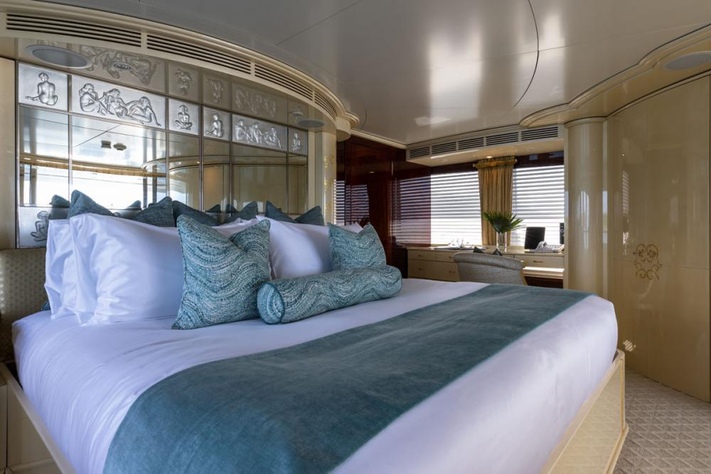 TOUCH - Luxury Motor Yacht For Charter - 1 MASTER CABIN - Img 1 | C&N