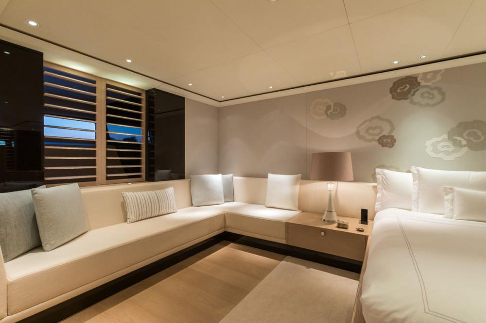 TWIZZLE - Luxury Sailing Yacht For Charter - 1 MASTER CABIN - Img 3 | C&N