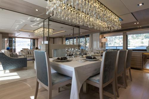 THUMPER - Luxury Motor Yacht For Charter - Interior Design - Img 5 | C&N