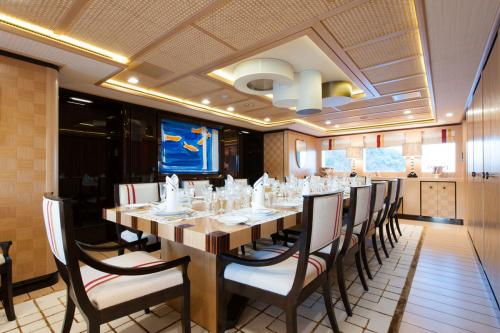 AXIOMA - Luxury Motor Yacht For Charter - Interior Design - Img 2 | C&N