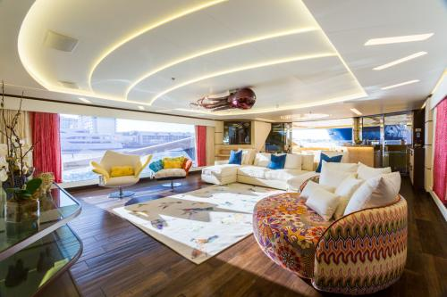 KHALILAH - Luxury Motor Yacht For Charter - Interior Design - Img 4 | C&N