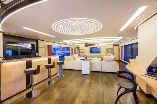 KHALILAH - Luxury Motor Yacht For Charter - Interior Design - Img 2 | C&N
