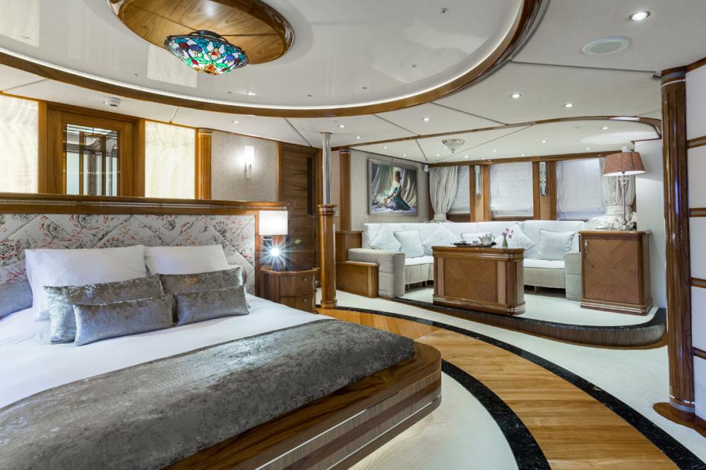 LEGEND - Luxury Motor Yacht For Charter - 1 MASTER CABIN - Img 2 | C&N