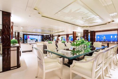 LIONESS V - Luxury Motor Yacht For Charter - Interior Design - Img 4 | C&N