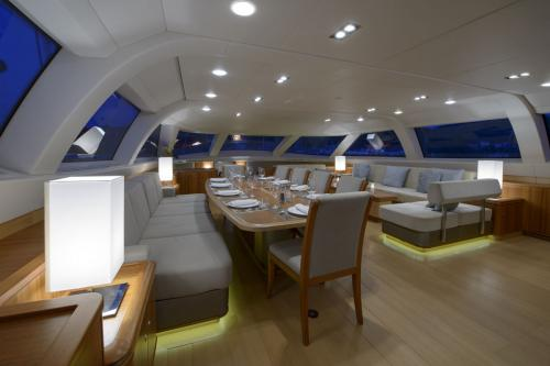TWILIGHT - Luxury Sailing Yacht For Charter - Interior Design - Img 3 | C&N