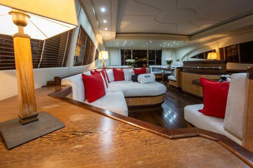 KING - Luxury Motor Yacht For Sale - Interior Design - Img 4 | C&N