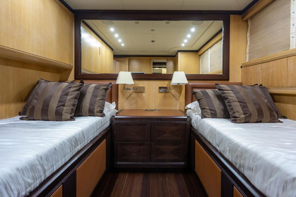 KING - Luxury Motor Yacht For Sale - 1 TWIN CABIN - Img 1 | C&N