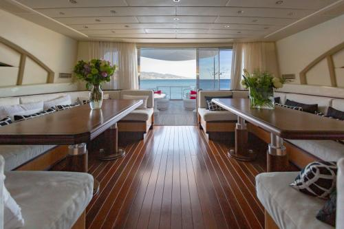 KING - Luxury Motor Yacht For Sale - Interior Design - Img 5 | C&N