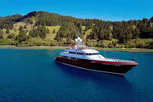 QING - Luxury Motor Yacht For Sale - Exterior Design - Img 2 | C&N