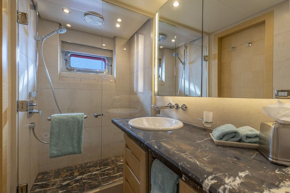 QING - Luxury Motor Yacht For Sale - 1 TWIN CABIN - Img 2 | C&N