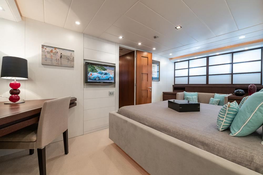 STRAVAGANZA - Luxury Motor Yacht For Sale - 1 DOUBLE CABIN - Img 2 | C&N