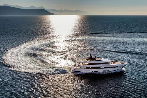 SONIC - Luxury Motor Yacht For Sale - Exterior Design - Img 2 | C&N