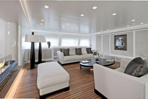 Spirit of the C's - Luxury Sailing Yacht For Charter - Interior Design - Img 1 | C&N
