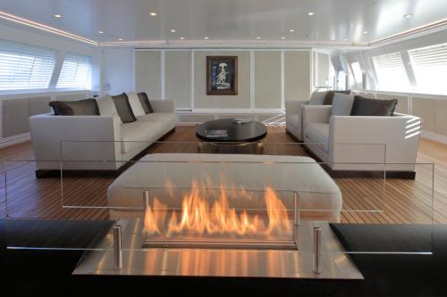 Spirit of the C's - Luxury Sailing Yacht For Charter - Interior Design - Img 2 | C&N